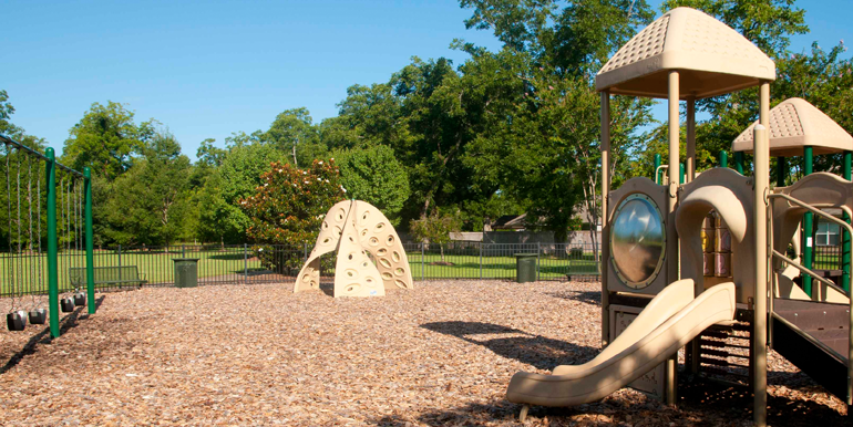 lowder_new_homes_stoneybrooke_plantation_east_montgomery_playground_tot_lot