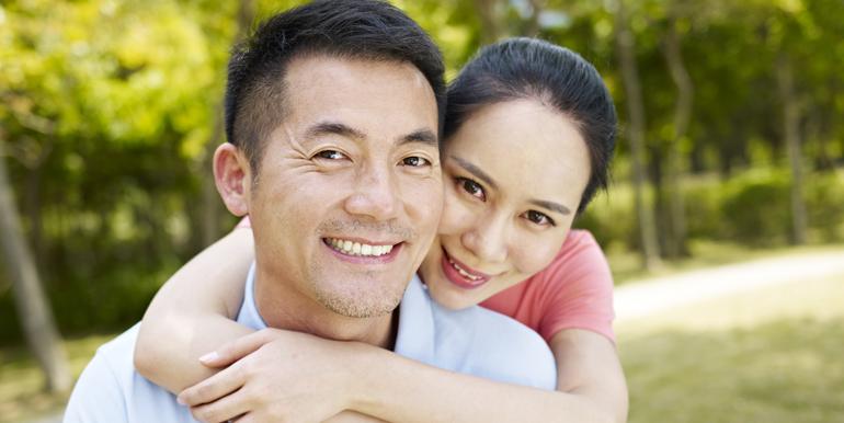 lowder_new_homes_the_ridge_asian_couple